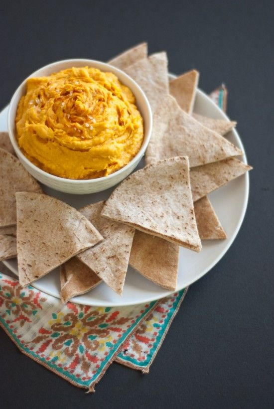 Spicy sweet potato hummus {I made this over the holidays and it was a big hit! Vegan + GXF}