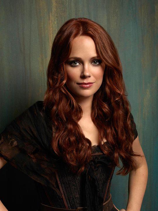 Katia Winter as Katrina Crane