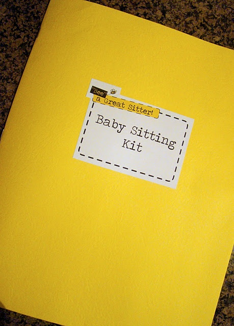 """Bee"" a Great Babysitter...I use to take a little like this around with me back in my babysitting days....love this idea"