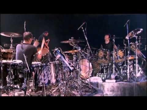 Godsmack - Drum Battle HD - Sully Erna vs Shannon Larkin - Batalla De Los Tambores (HD)