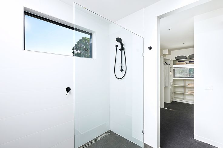 Livingston 30 ensuite and walk-in-robe