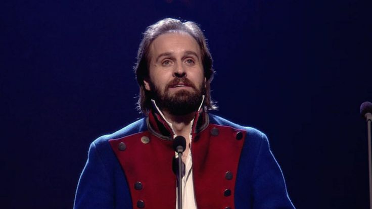 Alfie Boe Performs Jean Valjean in the Les Misérables 25th Anniversary C...