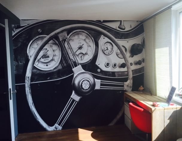 #artidecco heeft in samenwerking met #styling&trends dit leuke behangetje mogen plakken in een kantoor aan huis. #wallpaper #behang #detail #car #auto #Interior #interieur #design #office #kantoor #mooi #styling #decoration #deco #home #huis #interieurdesign #wallpaper #wallpower