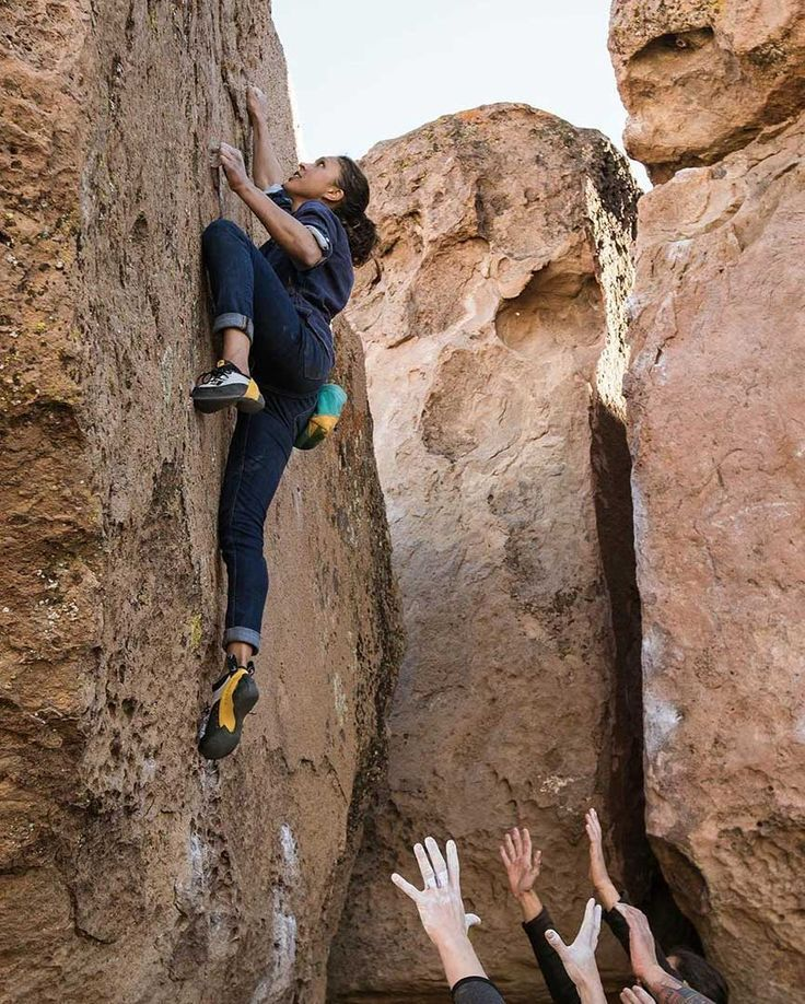 The aim of Flash Foxy's Women's Climbing Festival? To build solidarity as women and recognize that we may climb & learn differently than the guys.  Laura looks more into that idea in this new piece::