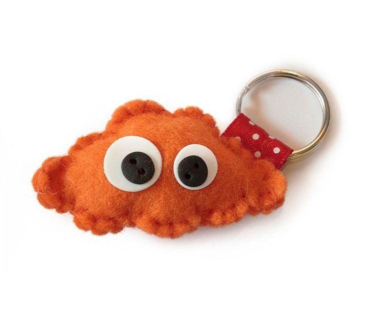 Wil je iemand een beetje geluk cadeau doen? Even een hart onder de riem steken? GeluksWolkje oranje www.Millows.nl