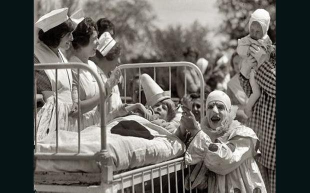 Un Halloween 'vintage': Trajes del pasado que le pondrán los pelos de punta