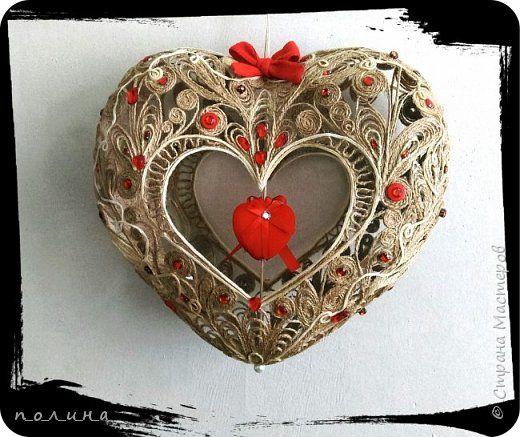 """""""Сказочное сердце"""" выполнено из шпагата на конкурс новогодних игрушек для поселковой ёлки. Наша работа шла вне конкурса и была отмечена дипломом за высокое художественное исполнение и ценным подарком."""