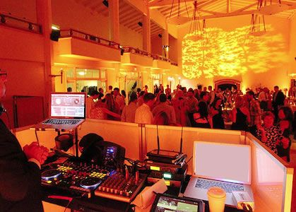 San Francisco Bay Area Office Christmas Party Venues and Vendors -- great resource for corporate events.
