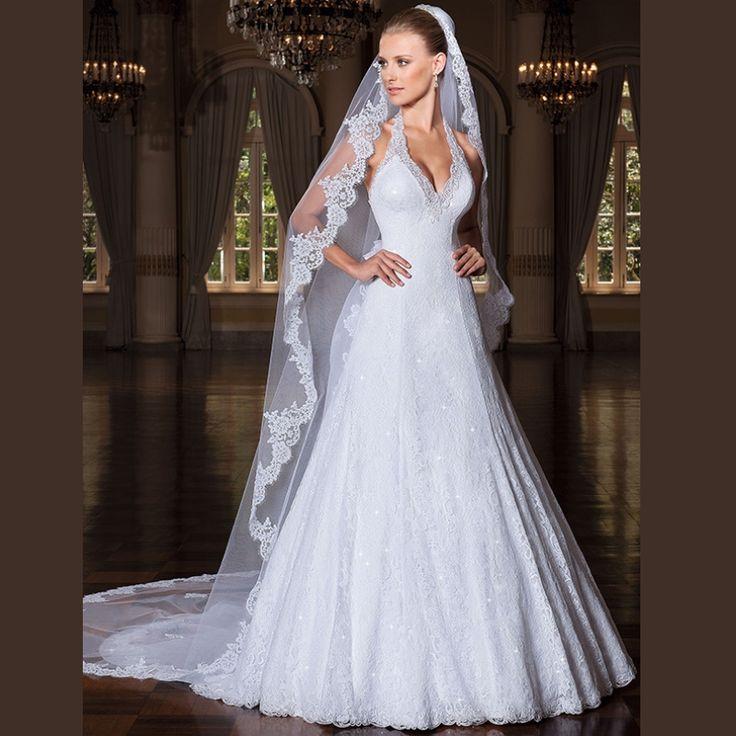 Vestidos De Novia Romantic Long  Lace Wedding Dresses with Sexy Halter Neckline and Removable Court Train Vintage Bridal Dresses