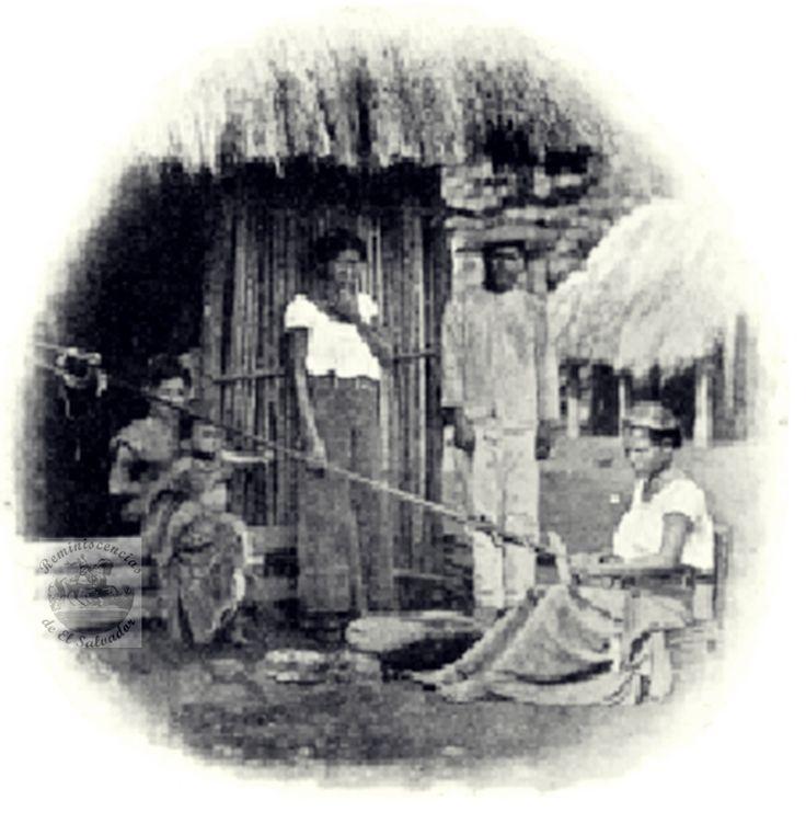 Imagen...Tejedores de Petates de Izalco.  Del Libro Reconocimiento Etnografico de los aztecas en El Salvador de Carl Vilhelm Hartman