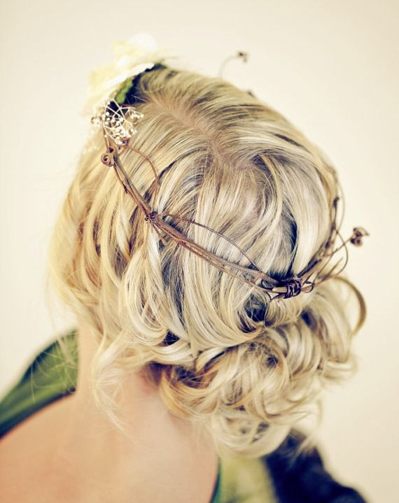 Chic Bohemian Wedding Hairstyles. To see more: www.modwedding.com
