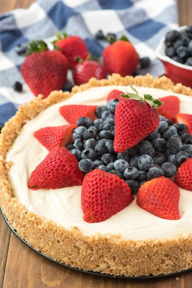 The BEST No Bake Cheesecake Recipe - this easy cheesecake recipe is completely no bake! It has a thick graham cracker crust and a sweet cheesecake filling.