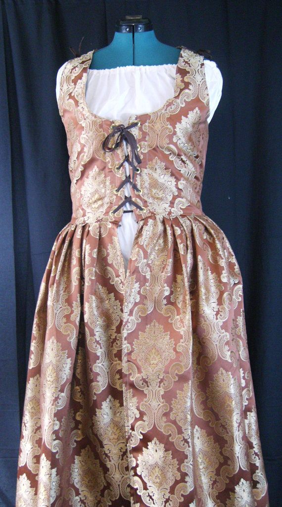 Peach and Champagne Irish Gown  Size 16 by Mordork on Etsy