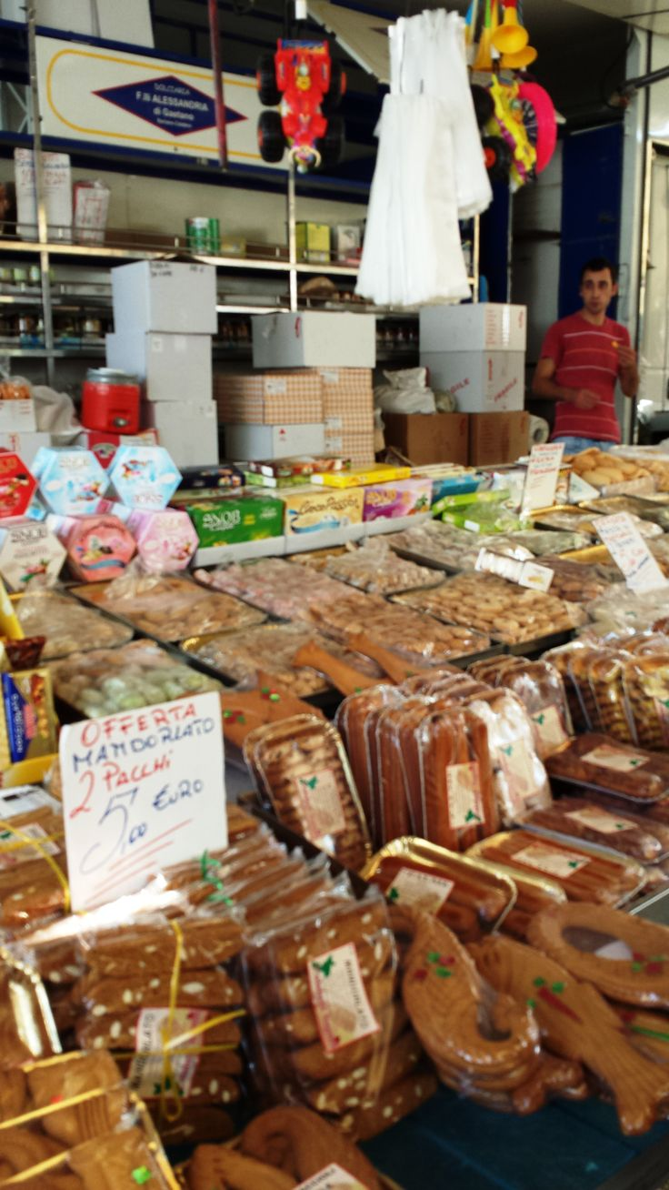 """A visit to a traditional mercatino in Soverato, Italy. This is """"a typical Italian open air market offers culinarians an insight to the country's most traditional aspects as well as an opportunity to browse foods, cheeses, wines and cured meats that are still produced by artisans."""" Text source: http://www.italianculinary.it"""
