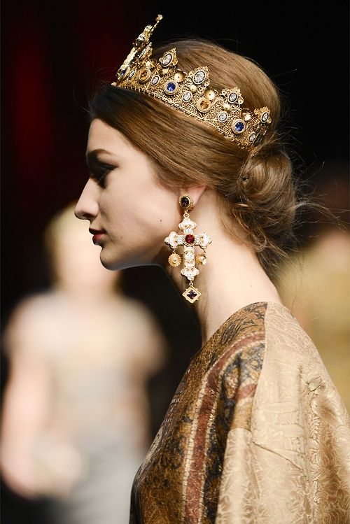 Crowns need to make a come back!