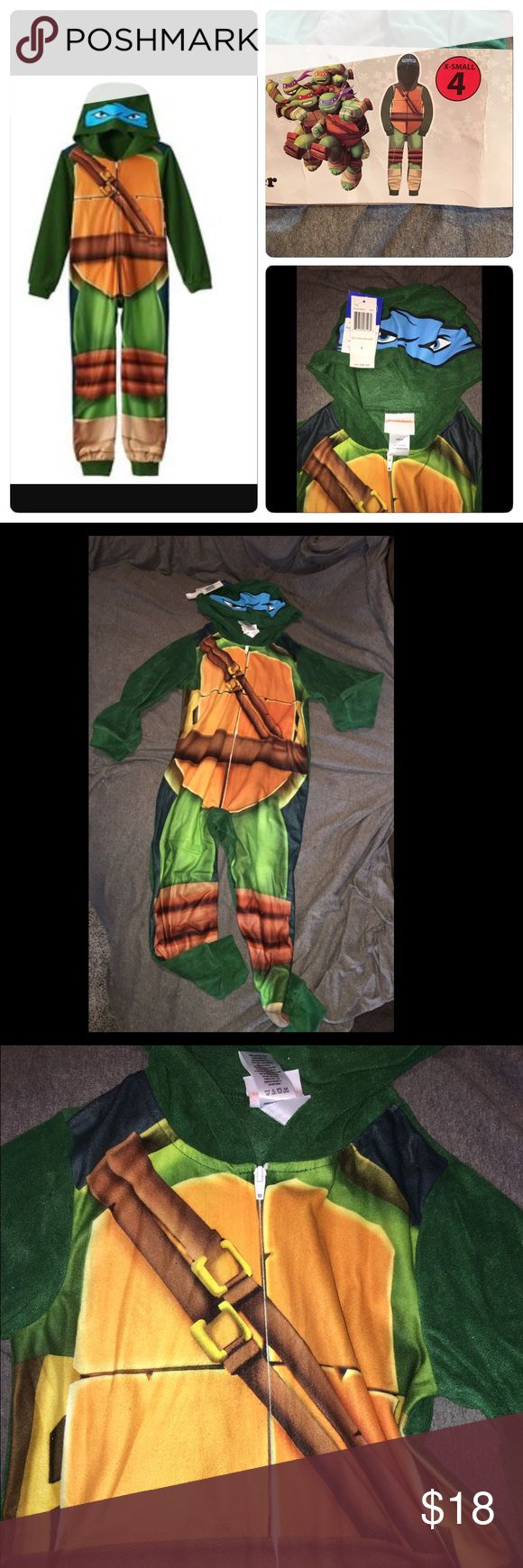 Nickelodeon Ninja Turtles Boys Blanket Sleeper NWT Nice hooded blanket sleeper size x-small (4). Pet & Smoke free home. NO TRADES Nickelodeon Pajamas Sleep Sacks