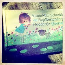 """Floddertje - Annie M.G. Schmidt Het boekje verscheen in 1973 en gaat over een klein meisje met de naam Floddertje en haar hondje Smeerkees. Ze is een """"vies"""" en een beetje een slordig meisje, vandaar de naam.  Er staan 6 verhaaltjes in het boek:      Opgesloten     Schuim     Allemaal kaal     Floddertje en de bruid     Moeder is ziek     Tante is jarig"""