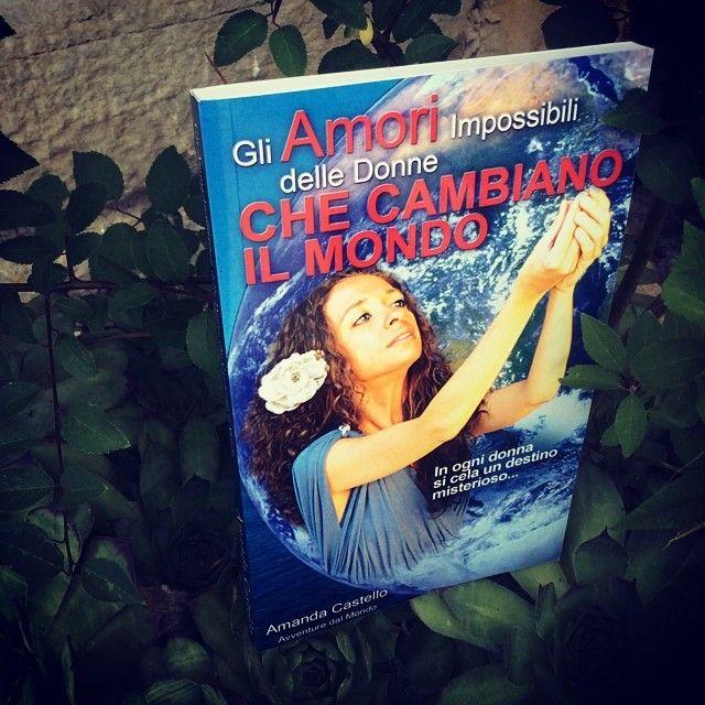 Una lettura estiva. In mezzo al prato. In giardino. In spiaggia: http://amzn.to/157HfLU