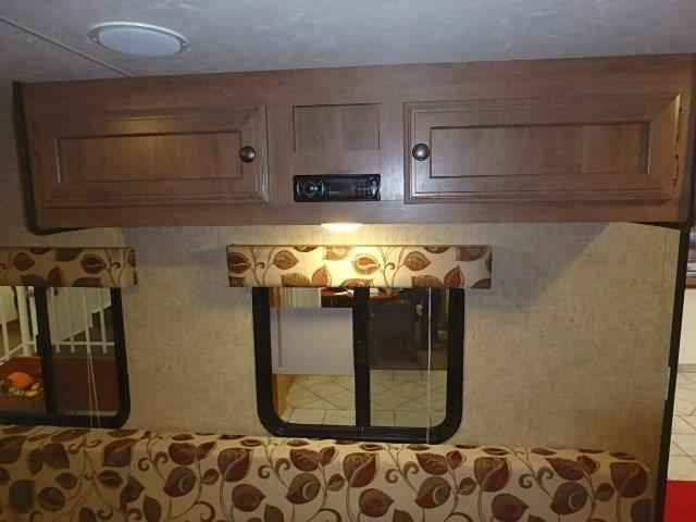 2016 New K-Z Sportsmen Classic 14RB Travel Trailer in Texas TX.Recreational Vehicle, rv, 2016 K-Z Sportsmen Classic 14RB, The 2016 KZ Sportsmen Classic 14RB was created to satisfy the need for a low cost, light weight and short length travel trailer. You won't find another satisfying all those characteristics while maintaining a dense amount of features and the KZ manufacturing quality. And with the new 2016 version, it boasts a redone design in and out. Outside, you'll have a…