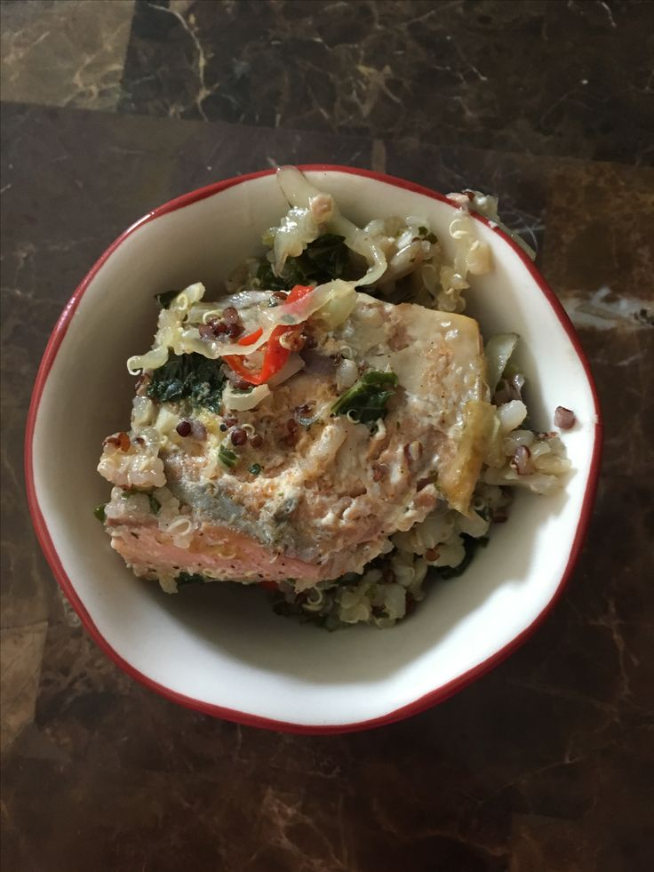 Salmon with quinoa and veggies 1/3 cup