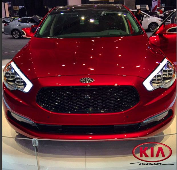 Front View Of The KIA K900 Lebron James Edition!