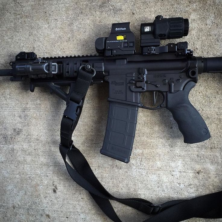 The ole dog walker. My ideal utility AR that is as versatile as possible without looking like a Christmas tree. -Southern Gunner @sth_gunner #556 #gearjunkie #military #survival #shtf #gunporn #merica #ak #ar15 #handgun #manswag #pewpew #gun #freedom #2ndamendment #tx #M4 #edc #gunculture #weapons #gunlifestyle #survival #outdoors #usa #eotech #magpul @nugzpower @jollyrogertrucker by the_hardlineunited