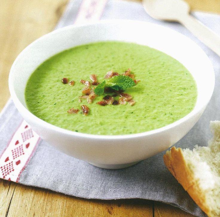 Um creme que, levando ervilhas congeladas, pode ser apreciado em qualquer altura do ano. Uma sopa que se faz um ápice