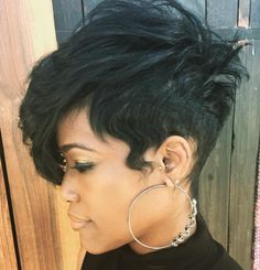 Tapered+Pixie+With+Long+Side+Bangs