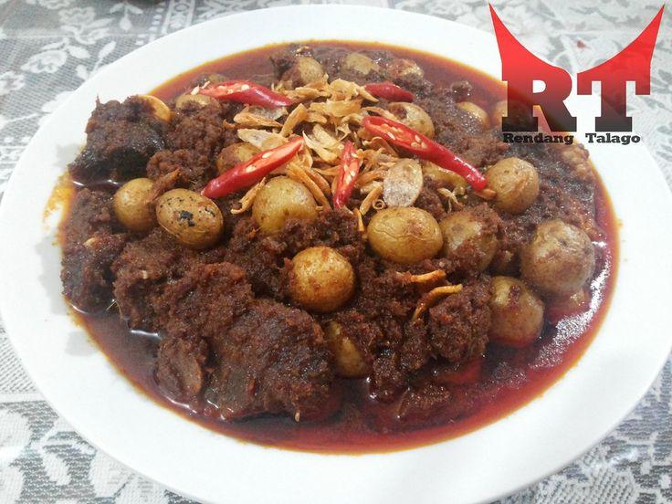 Rendang Daging dengan Kentang Kecil. Nikmatnya #rendang #daging #kentang kunjungi http://www.tokopedia.com/rendangtalago