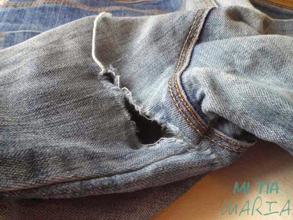 Recordamos este sencillo tutorial que nos va a ayudar a reparar la entrepierna rota de un pantalón.