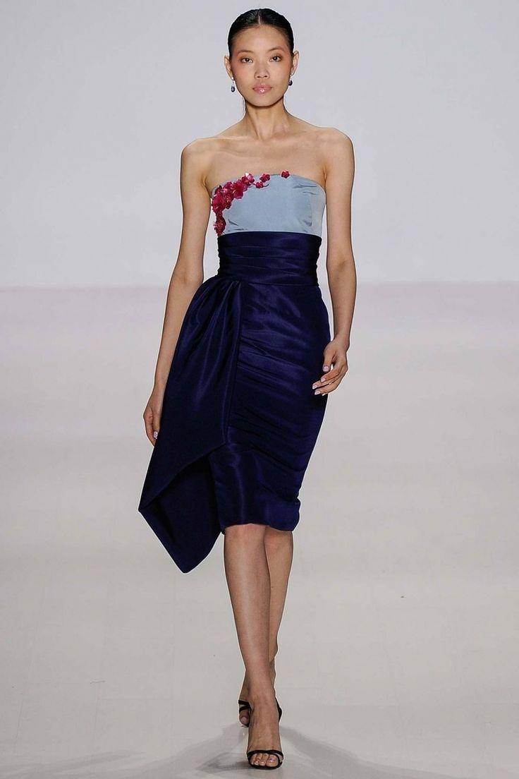 Модное платье футляр: новые модели платья для разнообразия