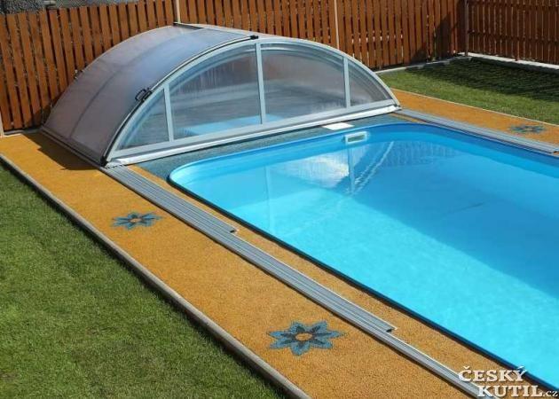 Terasa kolem bazénu z Unixin GRIP