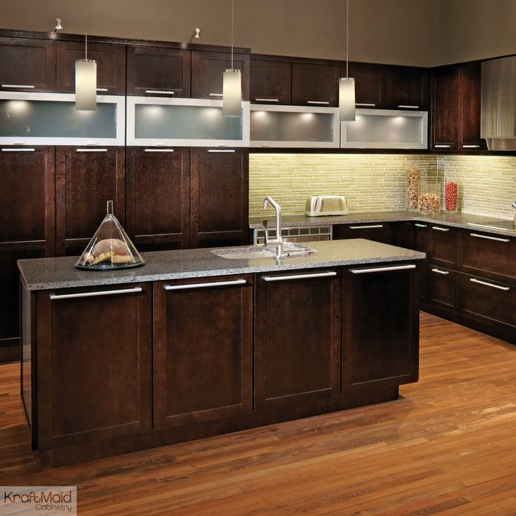 Hardware For Oak Kitchen Cabinets: Peppercorn On Quartersawn Oak Combines With Stainless