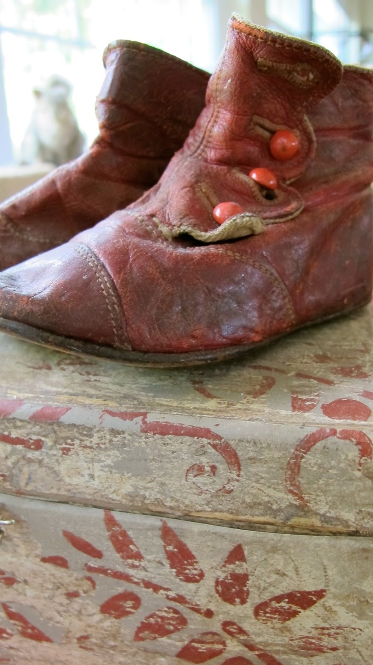 Vintage childrens shoes....I have a pair just like this that's my Dad's, only they have been bronzed....