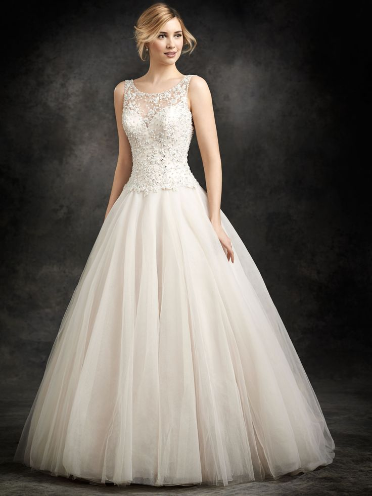 how much does the average wedding dress cost australia%0A Bridal Gowns and Wedding Dress Shop Colorado Springs  Colorado  Plus size  Wedding dresses and bridal gowns from Danelle u    s Bridal Boutique Salon