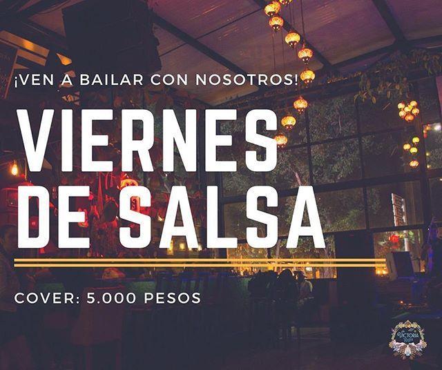 Reposting @victoriaregiamedellin: #ViernesDeSalsa • Hoy todos a bailar en @VictoriaRegiaMedellin 💃🕺 ¡Nadie se queda por fuera de esta rumba!  Desde las 9PM  Cover: $5.000 pesos 😱  Sala en vivo para que disfrutes del fin de semana con tus amigos! 😄😄 #Eventos #Medellin #Salsa #SalsaMedellin #EventosMedellin #Musicos #Musica #MusicaMedellin #Viernes #ElPoblado #Bailar #BailarMedellin #Hoy #Viernes #ViernesMedellin