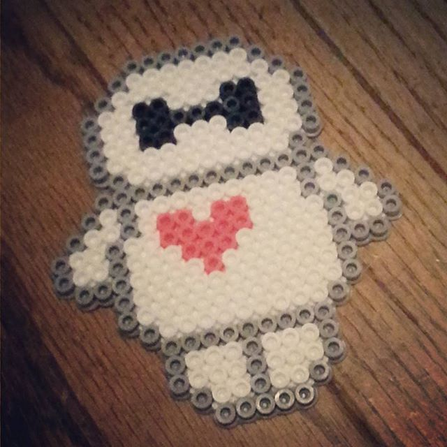 Baymax perler beads by ragedoomsday