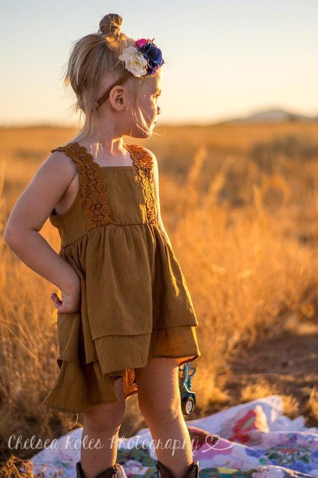 Desert photography, Surprise Arizona Photography, Family photo ideas, family photography, 2 year old photo ideas, 3 year old photo ideas