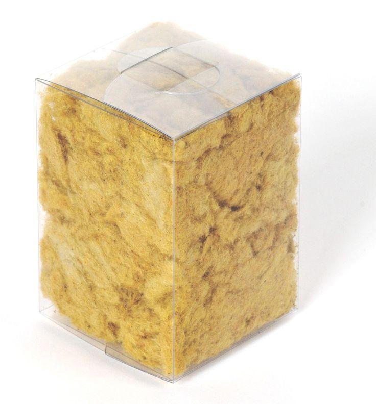 Jak zamezit úniku tepla během zimy a v letních měsících zase izolovat vnitřní prostor střechy před přehříváním? http://www.foukanaizolacebrno.cz/aktuality/1375-izolace-strech-a.html