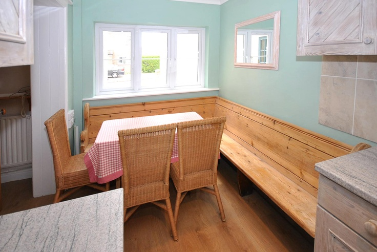 Wisteria Cottage - Sleeps 8 in Chichester Town Centre