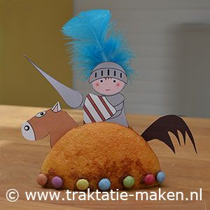 afbeelding traktatie Ridder te paard - ja die ga ik maken voor Thorsten's eerste verjaardag!