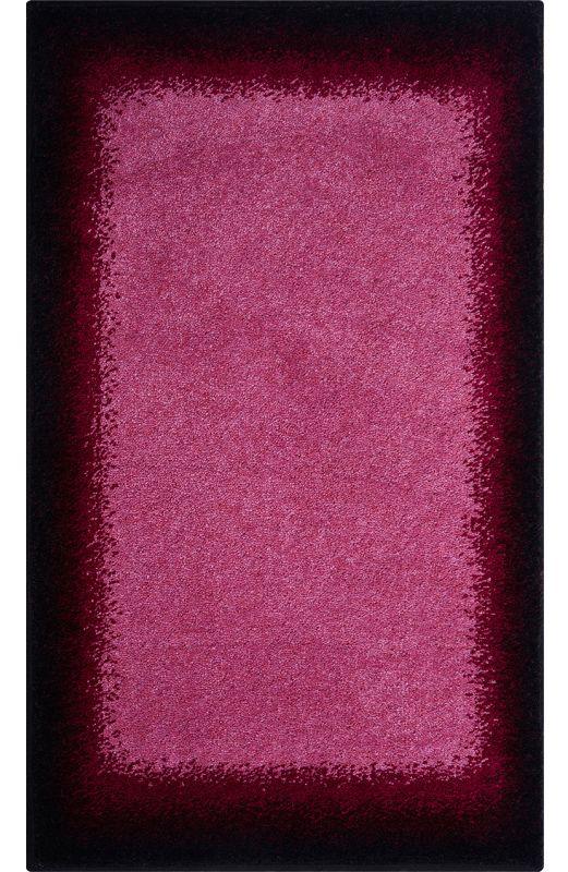 Der Ausgefallene Badteppich Avalon Mit Einer Farbschattierung Von  Beerentönen Ist Aus Weichen Polyacryl. Der Teppich