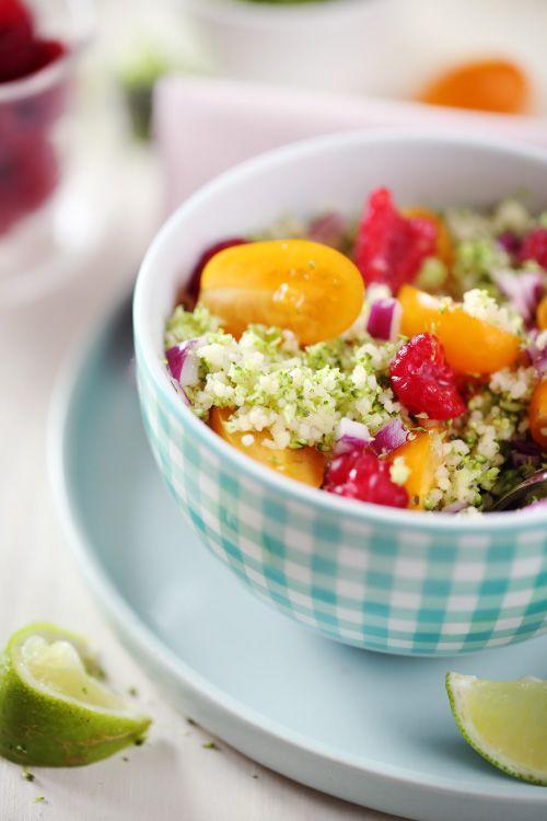 Taboulé brocolis, tomates cerises, oignon rouge, framboises
