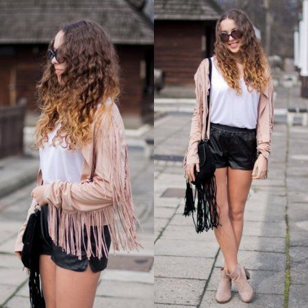 Light & dark tassels