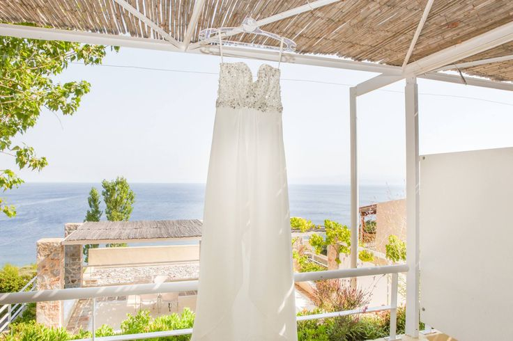 Skiathos wedding photography photo shoot at the wedding preperations