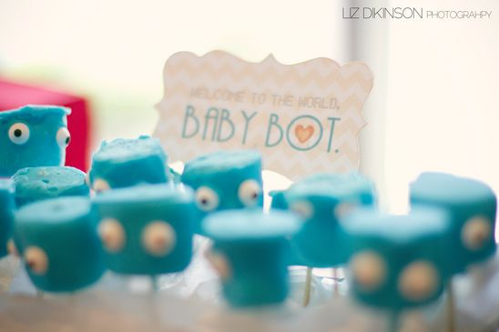 Robot Baby shower. Marshmallows. www.lescoolpetites.com