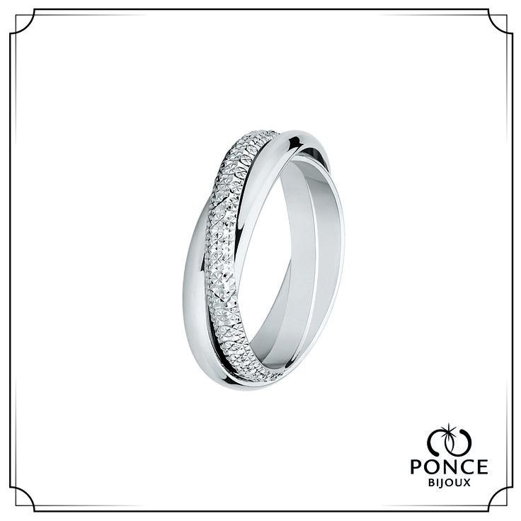 Bijoux Ponce, DINA, Alliance fantaisie, Alliance or gris palladié 3 anneaux demi jonc entrelacés, dont un diamanté Intérieurs plats #BijouxPonce #mariage #MadeInFrance #Wedding