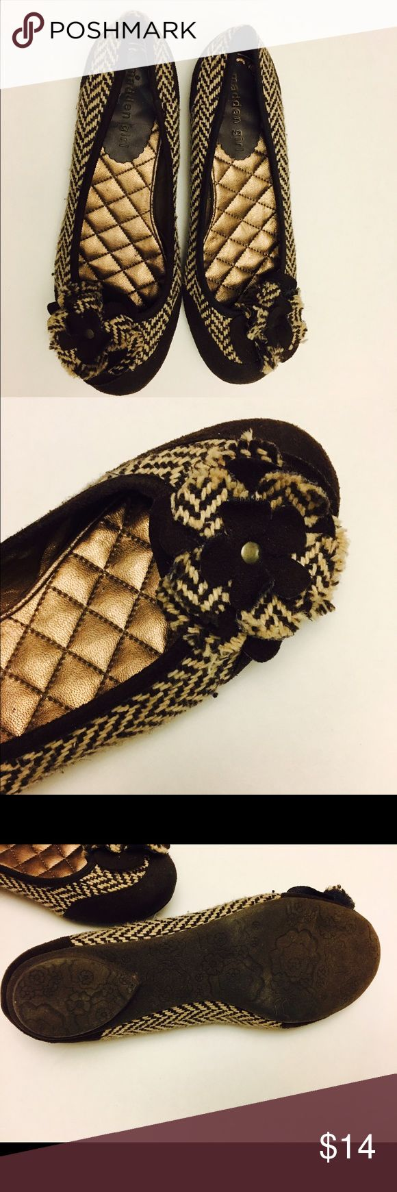 Madden Girl brown & tan flats with a flower Madden Girl brown & tan flats with a flower Madden Girl Shoes Flats & Loafers