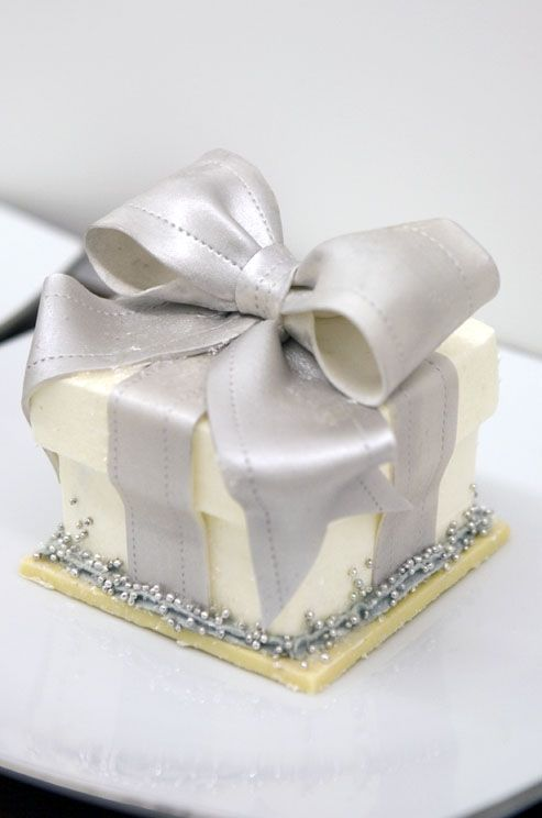 mini wedding cake boxes 25 best ideas about individual wedding cakes on 5923