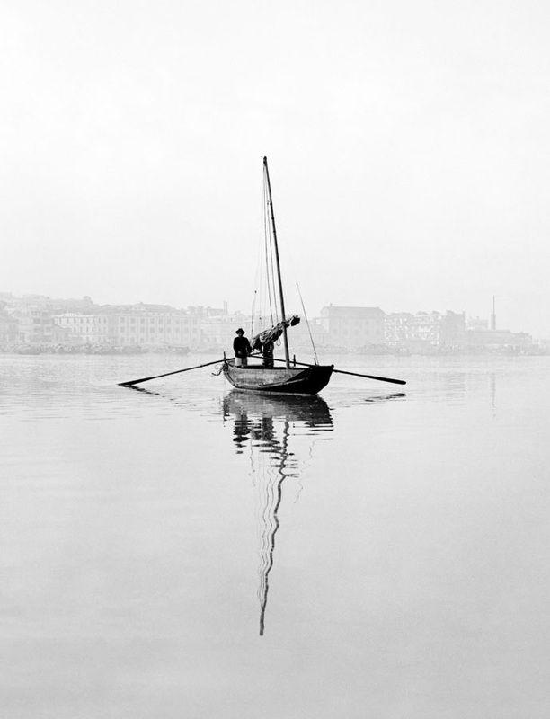 Fan Ho, Crossboat, 1957, from series Living Theater